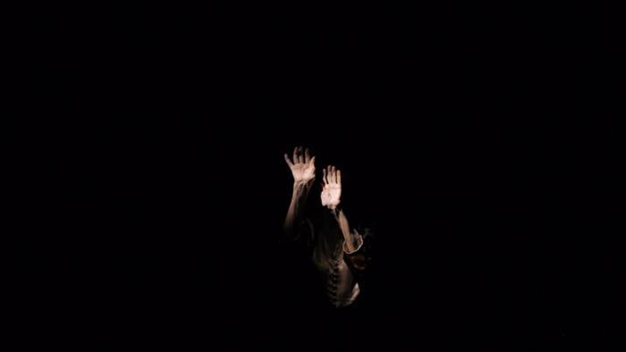 Inari Virmakoski: Kosketus (2020)