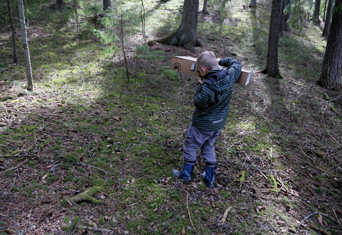 Kaisaleena Halinen: Tilateos ja kurkistuskulmia