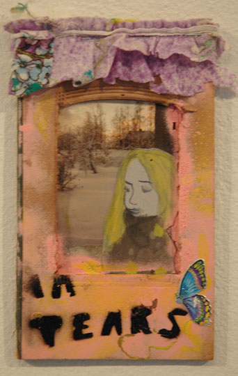 Niina Lehtonen-Braun: In Tears, 2008, sekatekniikka nenäliinalle