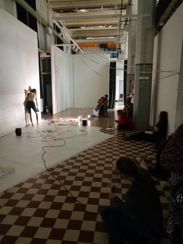 Sara Kovamäen esitys 6.10.2018, kuva: Elina Strandberg